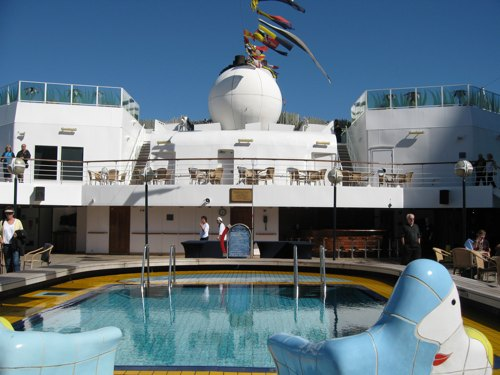 Testing the Waters—Repositioning Cruises for Thrifty Travel Options