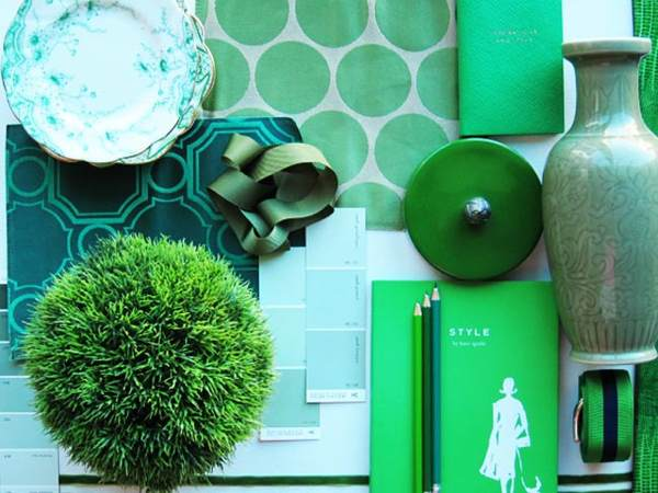 emerald green pantone colour