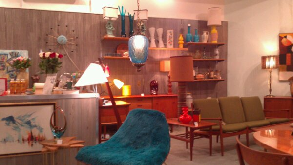 mid century vintage furniture