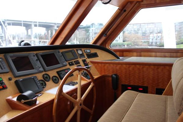 inside-boat-show