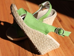 crocs linen wedges