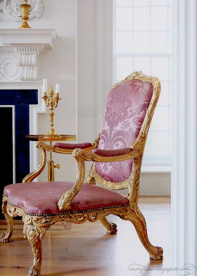 Pink Romantic chair