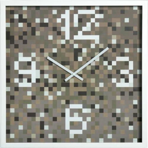 CB2 clock