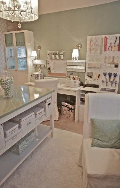Superbe Craft Room