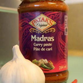 pataks garlic curry potatoes