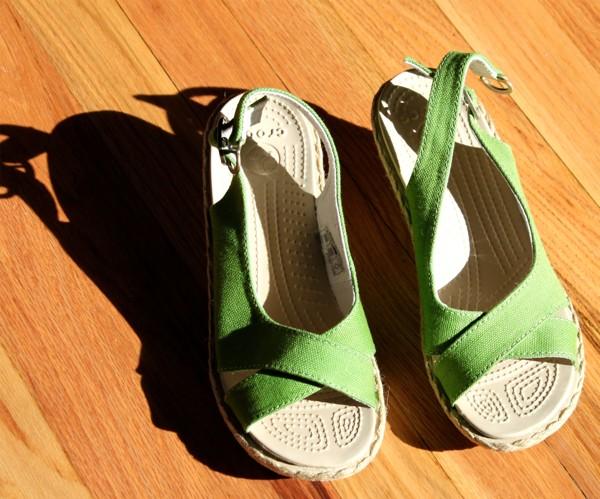 crocs linen wedges