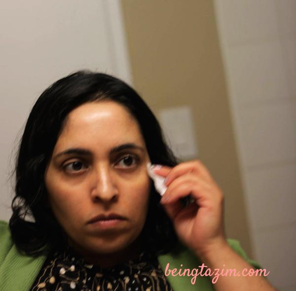 Applying Nivea Purifying Toner