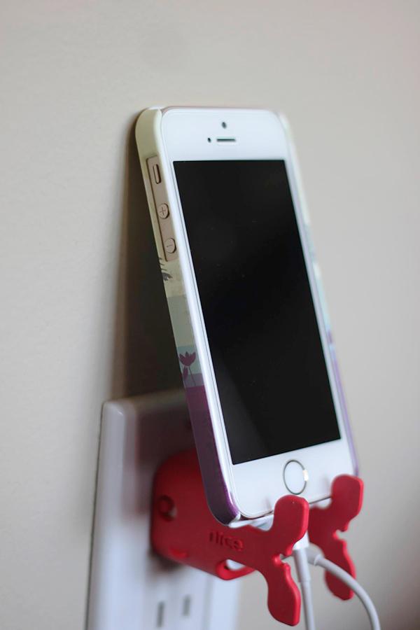 CableKeeps iPhone
