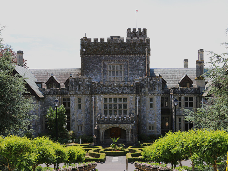 10 Cliché Things to Do in Victoria and Area that are actually Awesome - Visit the Hatley Castle